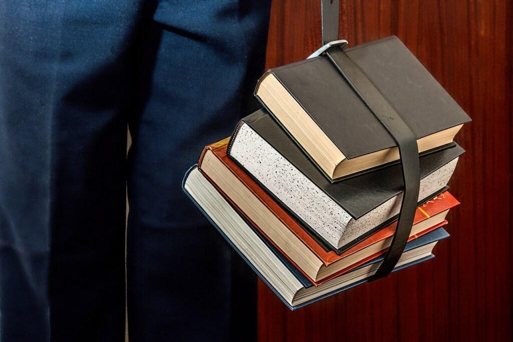 books-1012088_1280-1024x682