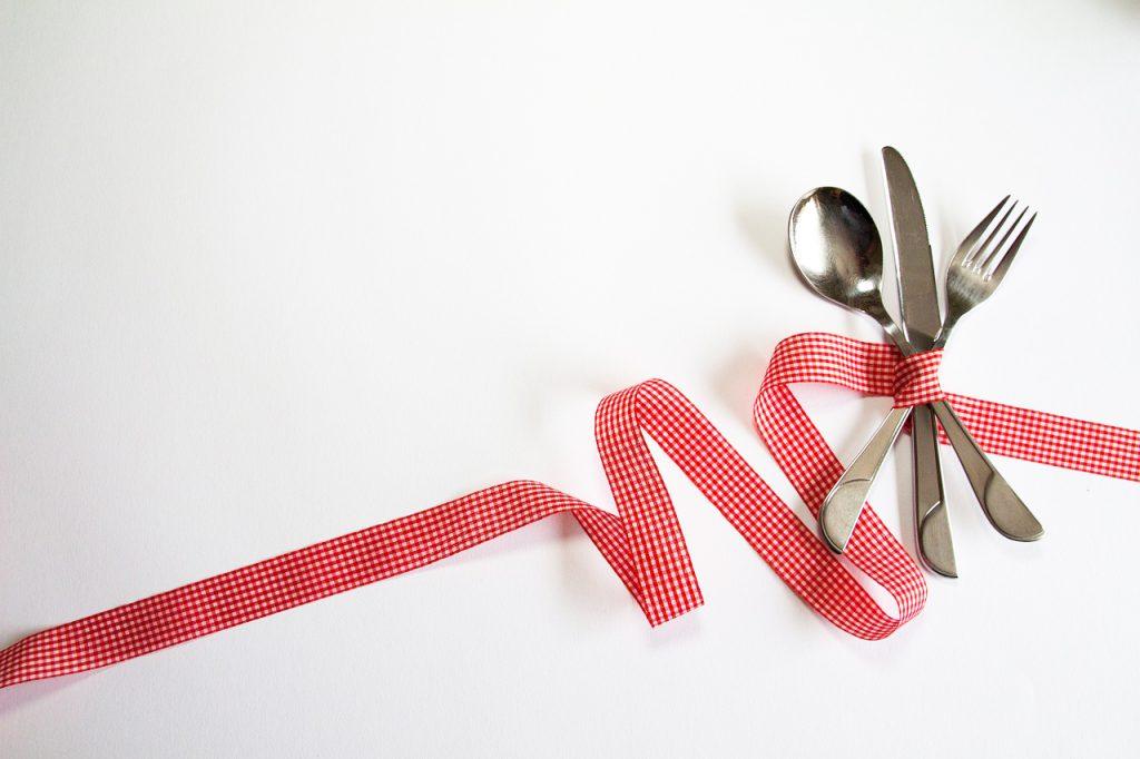 cutlery-948563_1280-copy-1024x682