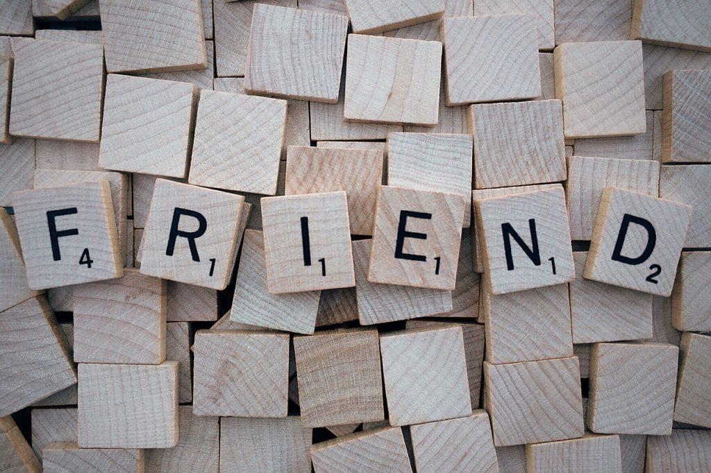 friend-1820040_1280-1024x682
