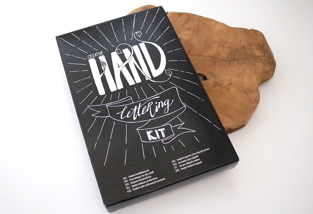 handlettering-set-action