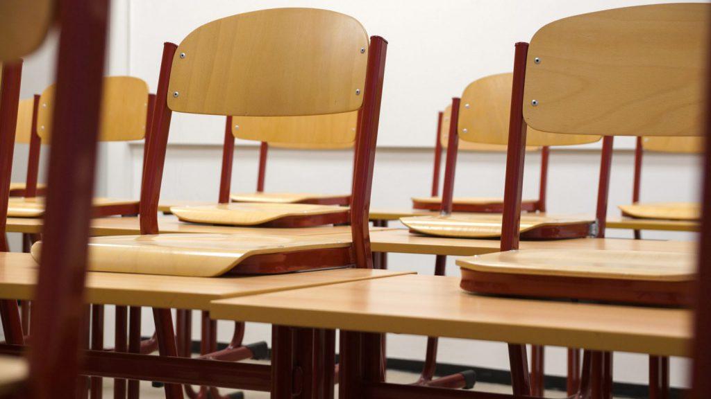 classroom-824120_1920-1024x576