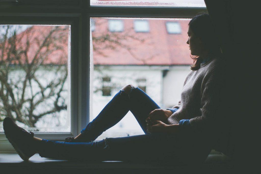 window-view-1081788_1920-1024x683